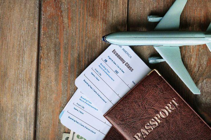 bilety pasport samolet