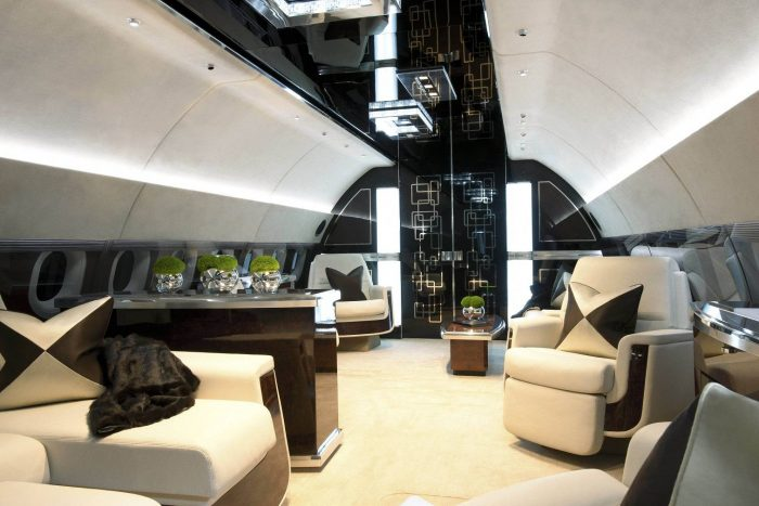 Jet-Business-Showroom