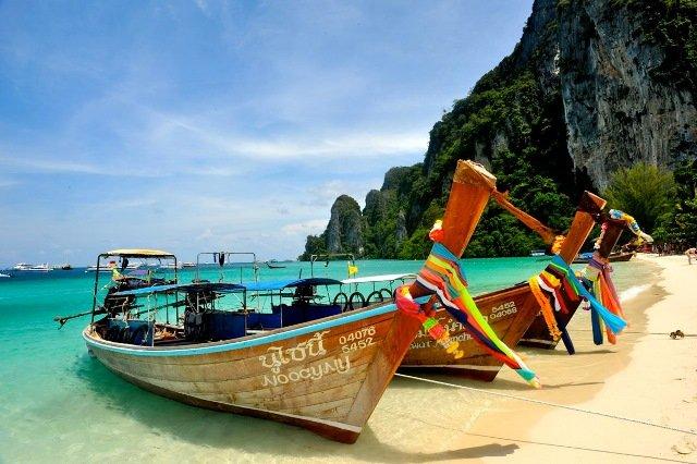 Длиннохвостая лодка Таиланд