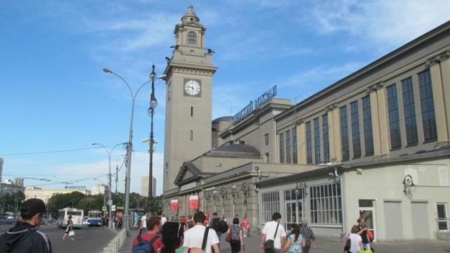 Башня с часами на Киевском вокзале