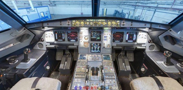 Кабина Аэробуса А320