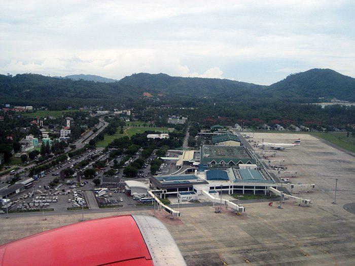 Вид с воздуха на аэропорт Пхукета