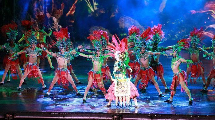 Танцевальное шоу на Хайнань