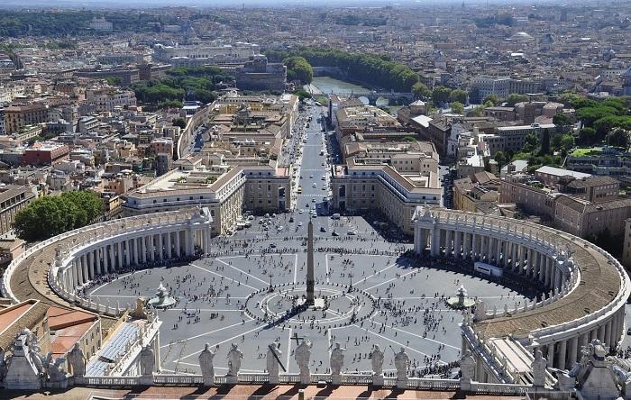 Площадь Святого Петра Рим
